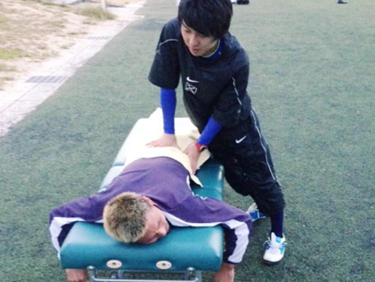 スポーツ選手のトレーナーとしての経験も豊富